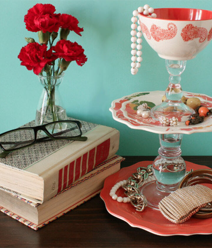diy project turn dinnerware into a jewelry tray, crafts, repurposing upcycling