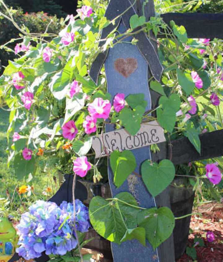 The Gardening Cook Welcomes you...http://thegardeningcook.com/gardening-signs-fans-of-the-gardening-cook-share/