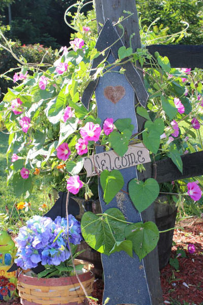 rustic garden signs give your garden direction, gardening, The Gardening Cook Welcomes you
