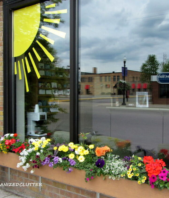 Just add SUN and you have the prettiest window box in town!