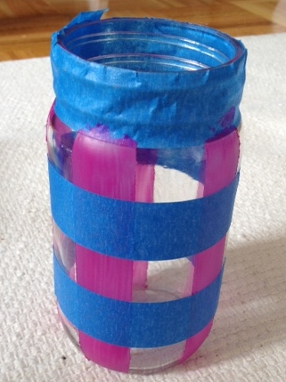 a new twist on an old favorite gingham jars made with nail polish, crafts