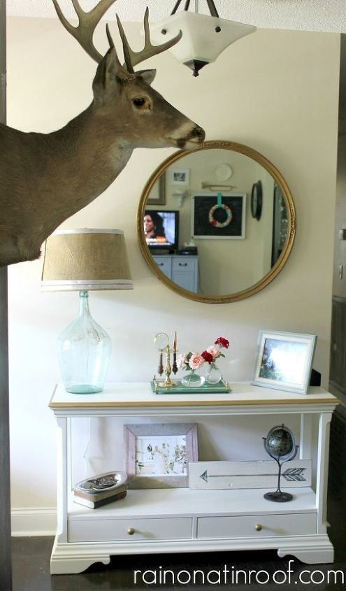 vintage modern rustic home tour, home decor, What better to greet guests with than a buck head