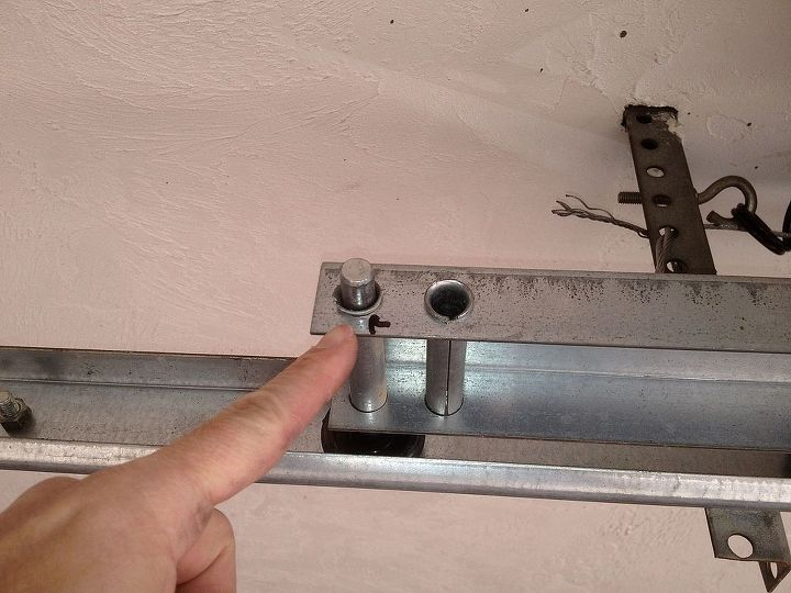 Label where the old rollers are located on the bracket