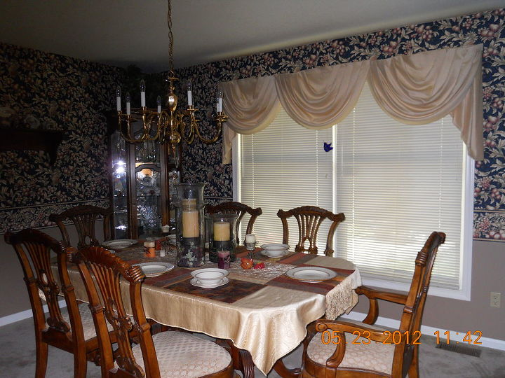 took old wallpaper off updated dining room, dining room ideas, home decor, wall decor