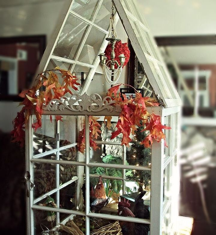 Mini Greenhouse From Old Windows That Changes With The Seasons - Build small greenhouse with old windows
