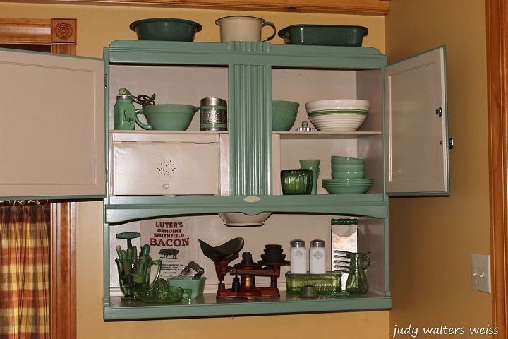 pairing of two vintage pieces, home decor, painted furniture, repurposing upcycling