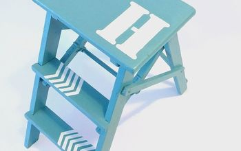 Steppin' It Up: A Ladder Makeover