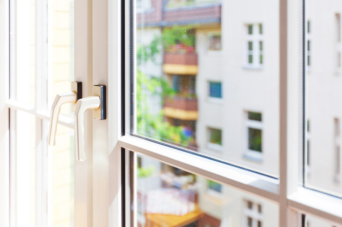 6 pro tips to make window cleaning easier, cleaning tips, window treatments, windows