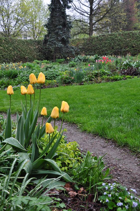 """The """"Perennial Flower Garden"""""""