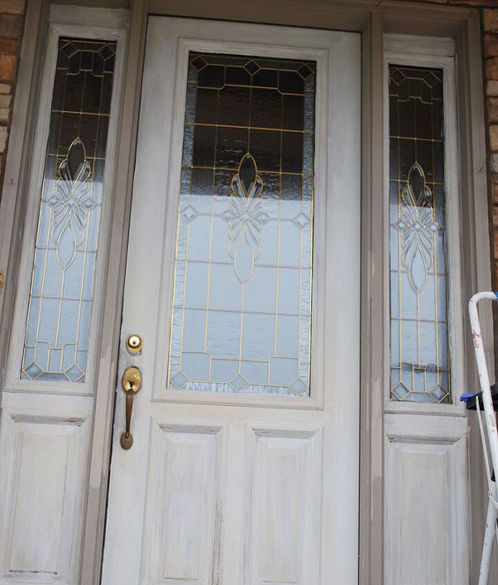 This is the front door after priming.