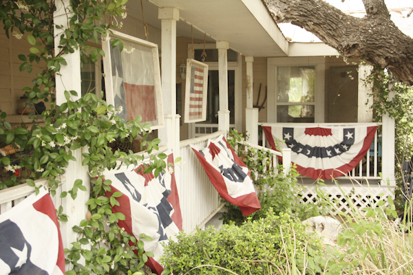 a fun summer home tour, decks, home decor, outdoor living, patriotic decor ideas, porches, seasonal holiday decor