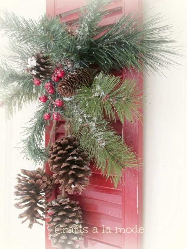 old shutter christmas door decoration christmas decorations repurposing upcycling seasonal holiday decor - Old Christmas Decorations