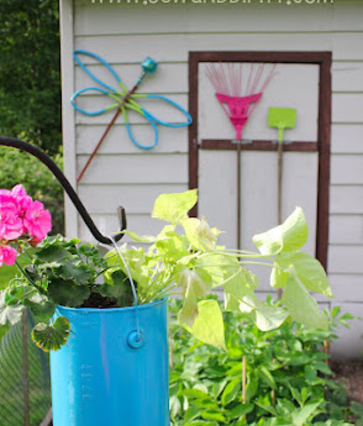 turn old garden tools into art, crafts, gardening