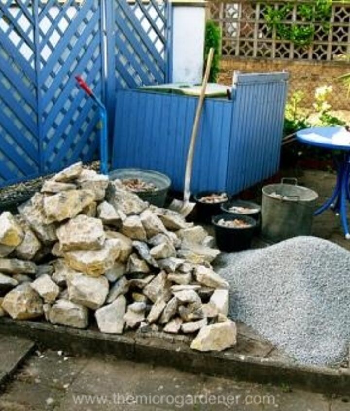 Gather materials & have ready to build your spiral. Choose long lasting edges such as rocks, bricks or pavers for a permanent structure.