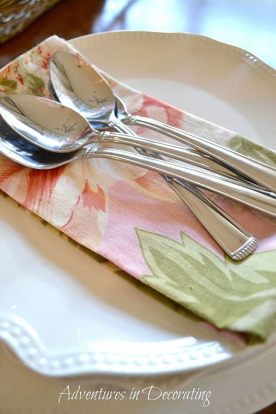 a little spring in the breakfast area, kitchen design, seasonal holiday decor