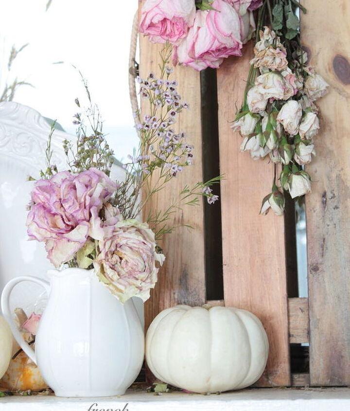 natural autumn mantel decoration, seasonal holiday decor