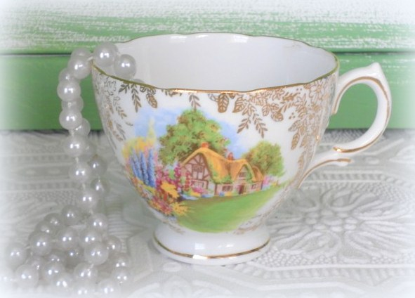 celebrating mom with tea cup crafts, crafts, home decor, A Vintage Tea Cup