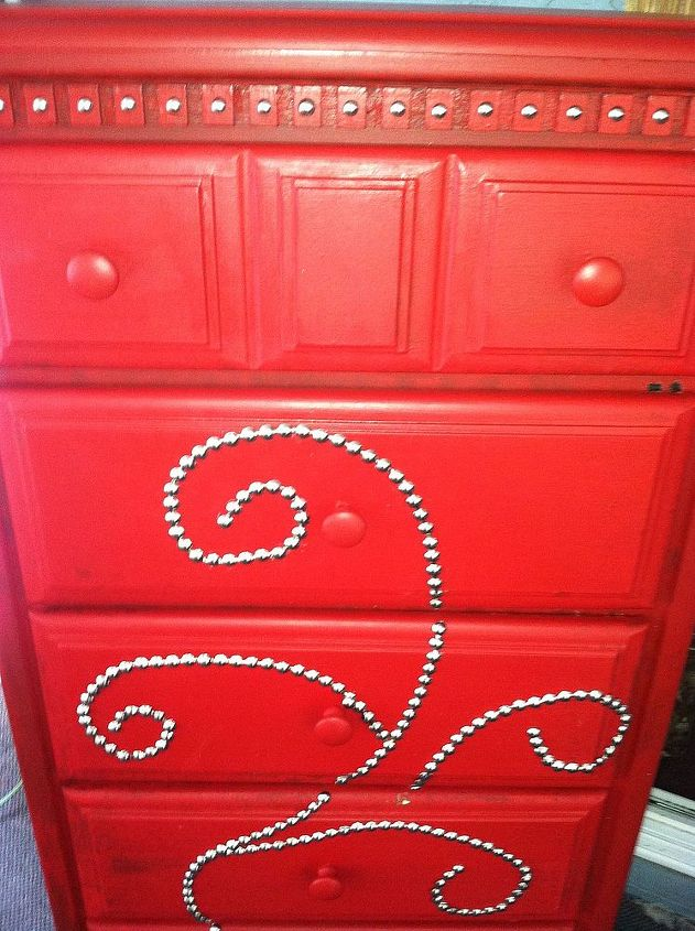 upcycled chalk painted dresser, chalk paint, painted furniture