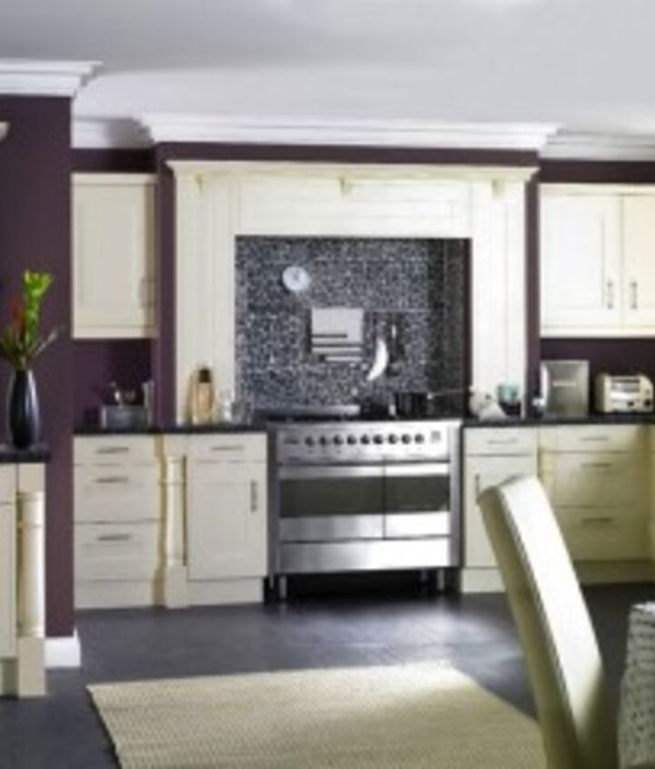 Purple Walls: Purple kitchen walls pair well with white, decoist.com - Design by Celia James