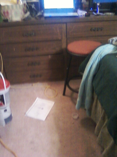 q need ideas on how to paint built in dresser in mobile home, painted furniture