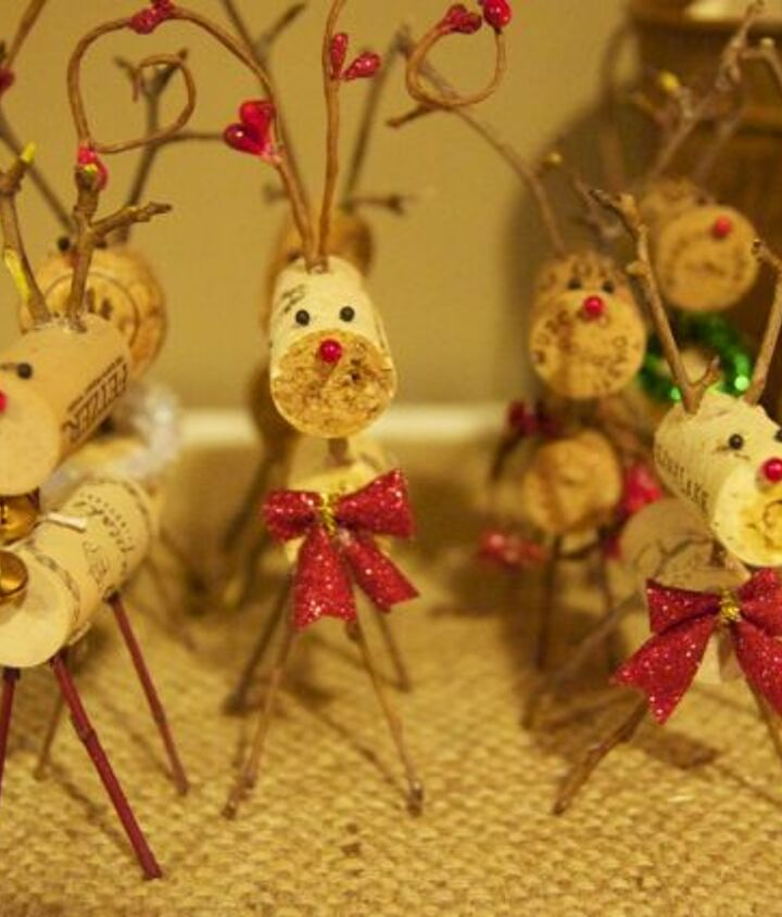 wine cork reindeer, seasonal holiday d cor