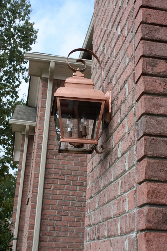 How to get the look of copper for less hometalk update exterior lighting with copper spray paint how to get the look of copper for less curb appeal painting makeover workwithnaturefo