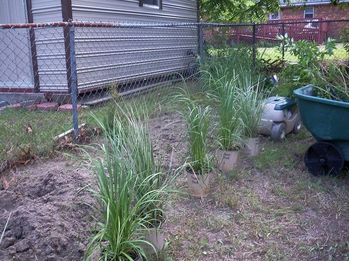 never let anyone tell yardwork is easy!....lol..but i luv it...just wish i had some help.......