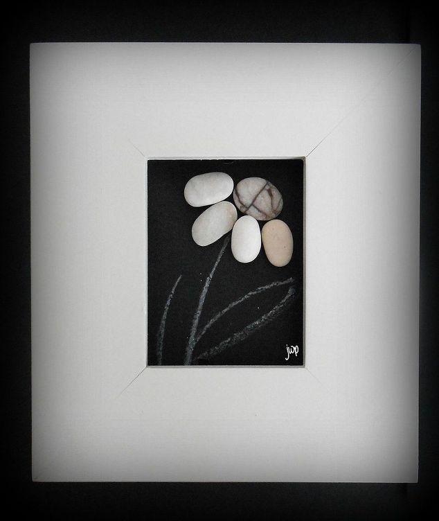 Make your own pebble art frame hometalk make your own pebble art frame crafts solutioingenieria Image collections