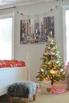 holiday decorating for teen girls, bedroom ideas, seasonal holiday decor, My daughter decorated with Red Pink and Blue