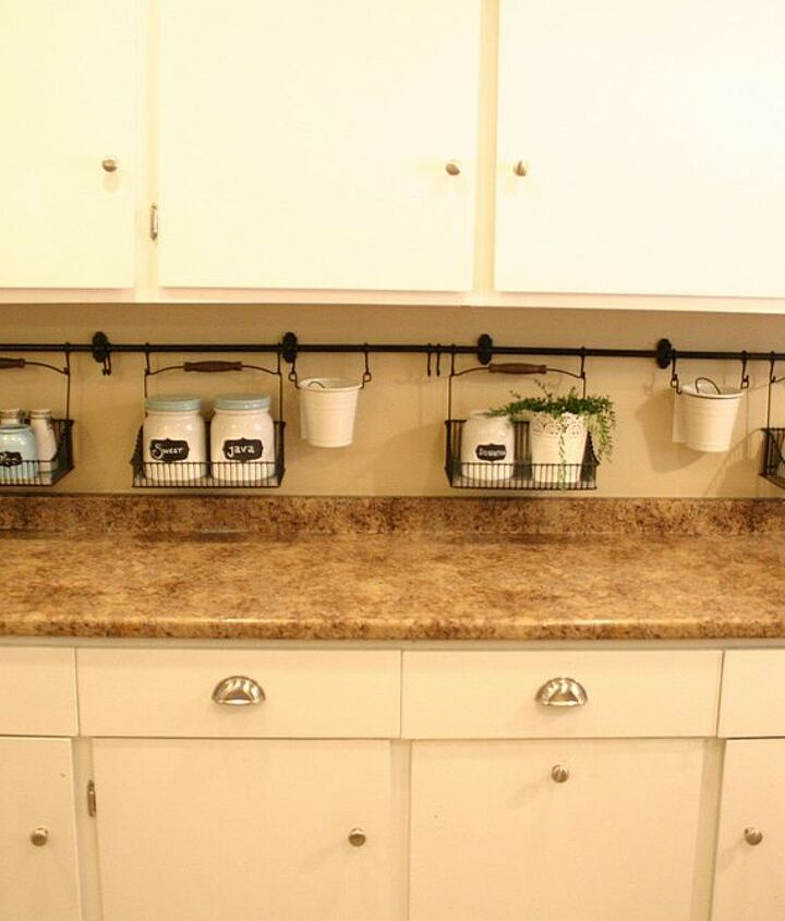 7.5 feet of wall storage means a clean counter!