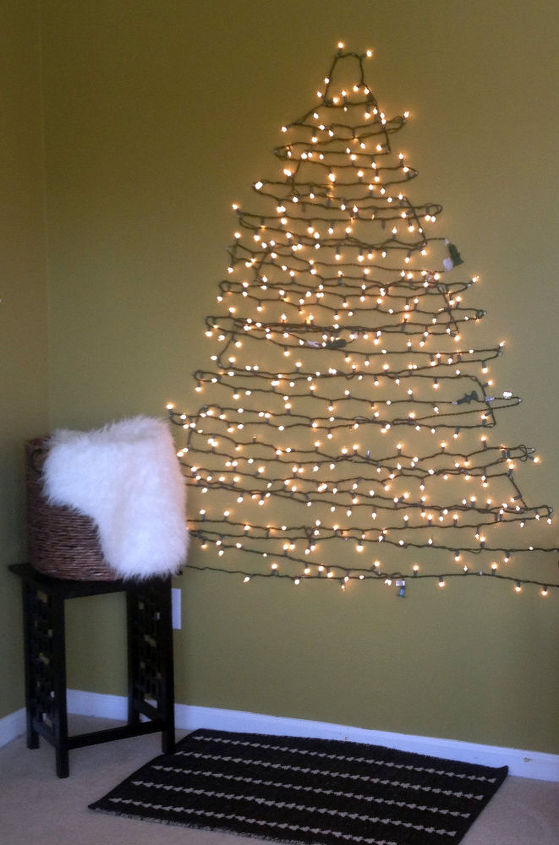 DIY Christmas Tree Alternative. Easy to put up and easy to take down without all the hassle of a real tree.