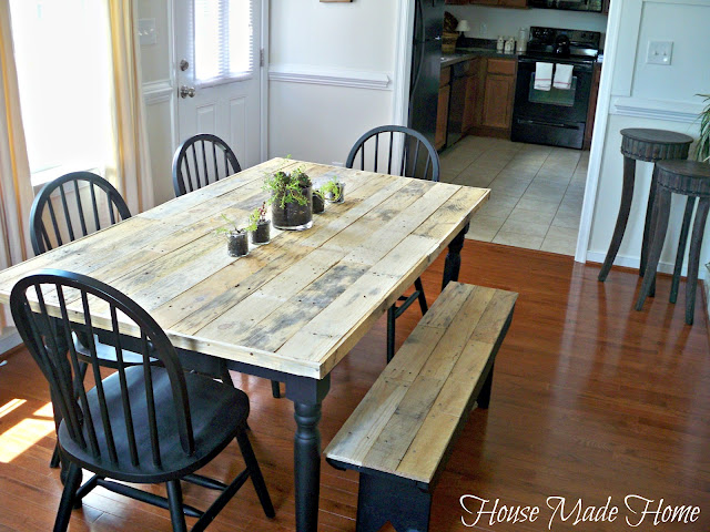 Diy Pallet Farmhouse Table Painted Furniture Rustic Urban Living