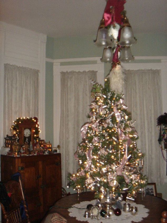 i love decorating our 1895 queen anne victorian for christmas with 12 trees christmas decorations - Queen Christmas Decorations