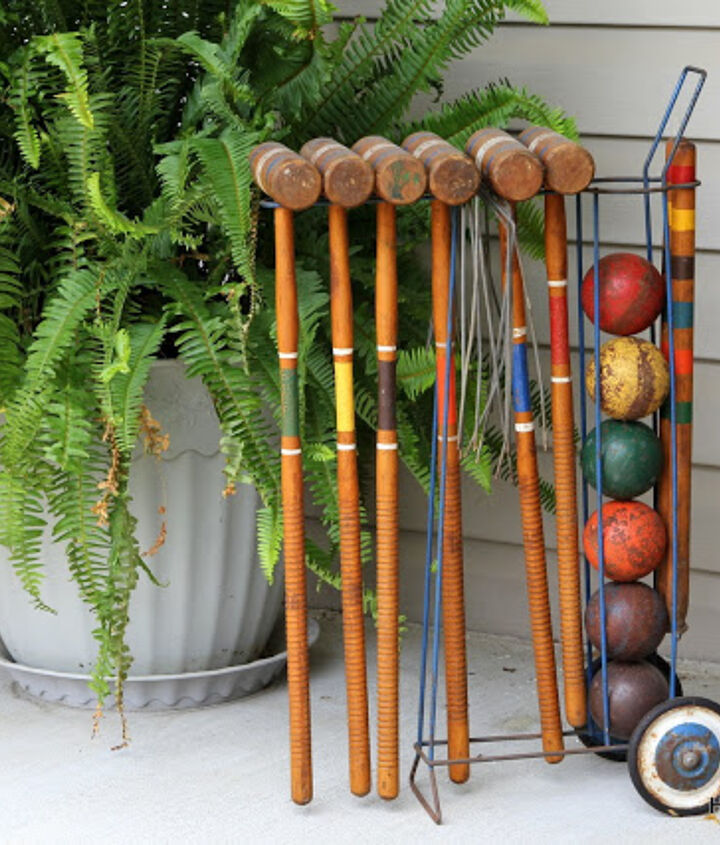 It took me forever to find a vintage croquet set that I loved.