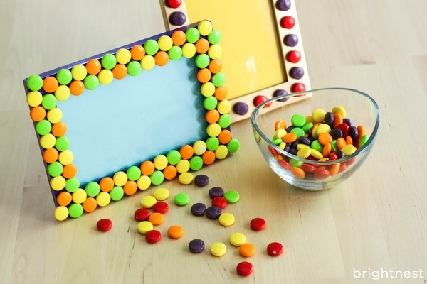 Picture frame. Any standard picture frame can be turned into a candy picture frame. First, remove the glass from the frame. Then, gather your colorful sweets.