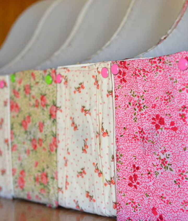 Fabric Covered File Folders for Seed Storage  [A Nest for All Seasons]  http://www.anestforallseasons.com/2012/02/before-after-photography-studioahemi.html
