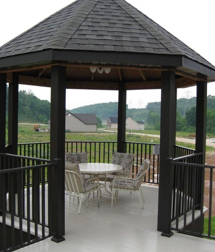 This home created a beautiful and unique deck and gazebo using AridDek aluminum decking. Because AridDek is waterproof decking the area below stays dry as well!