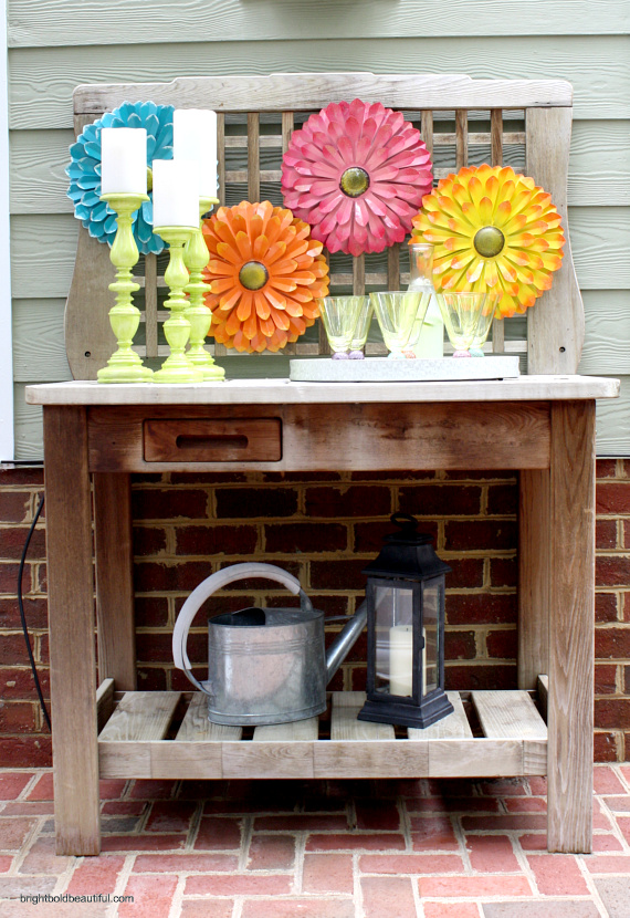 Have a fun drink station!
