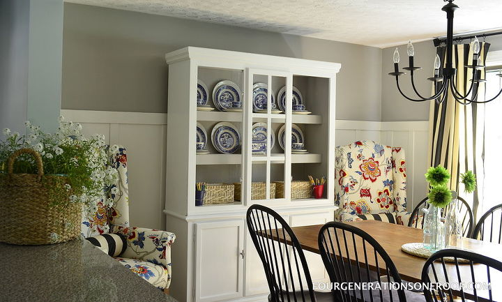 Coastal cottage dining room {multi purpose room}