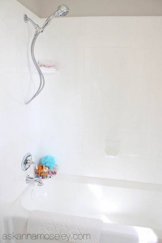 how to update an ugly bathtub for less than 30, bathroom ideas, diy, home decor, After Clean White Modern Bathtub