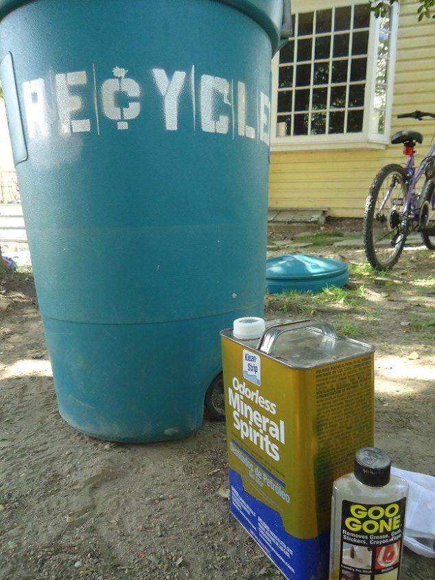 DIY Exterior Recycle Bin