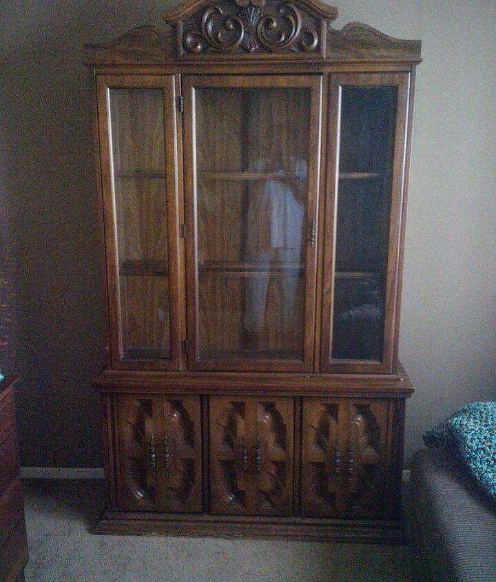 updating china hutch, painted furniture