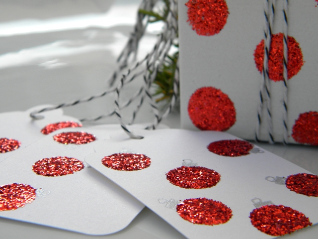 easy glitter tags and boxes, crafts, decoupage