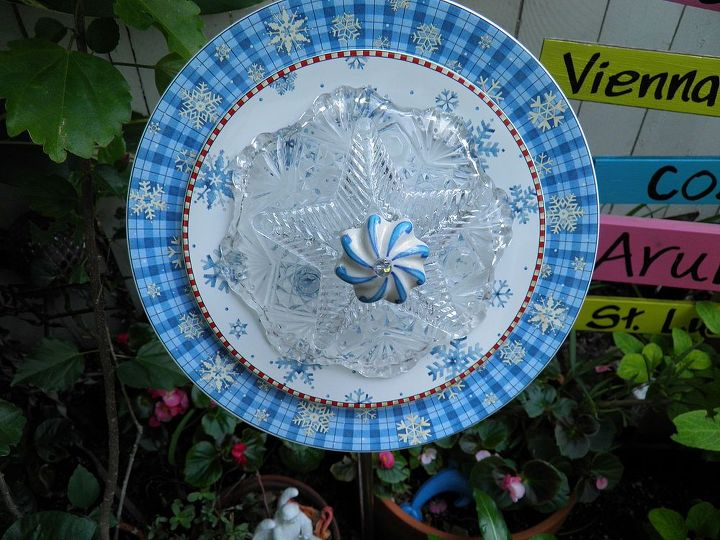 Another snowflake plate flower