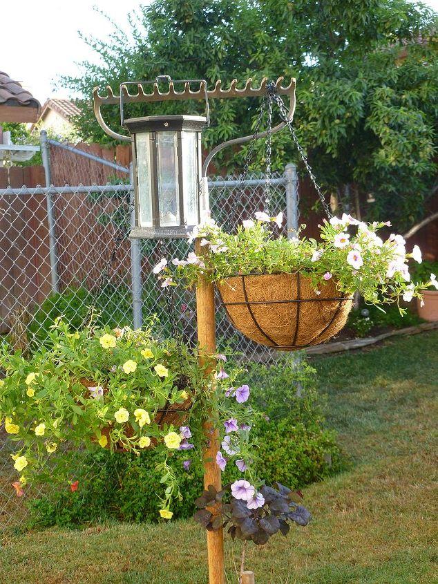 gardening, gardening, repurposing upcycling, Rake hanging Plant Stake