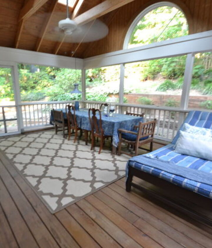 Screened-In Porch {view from french doors}