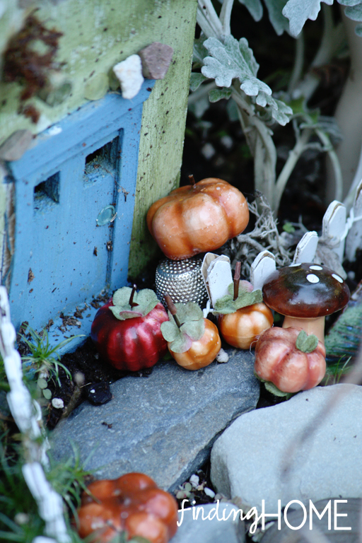 a fall fairy garden, gardening, seasonal holiday d cor
