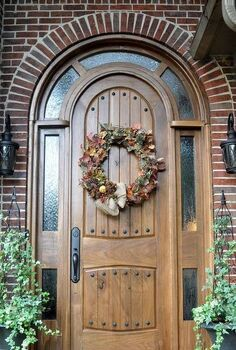 fall wreath giving fall a front door welcome, crafts, seasonal holiday decor, wreaths, As the fall pumpkins start showing up in the grocery I ll add those to my little porch but for now the wreath gives an early fall welcom xo