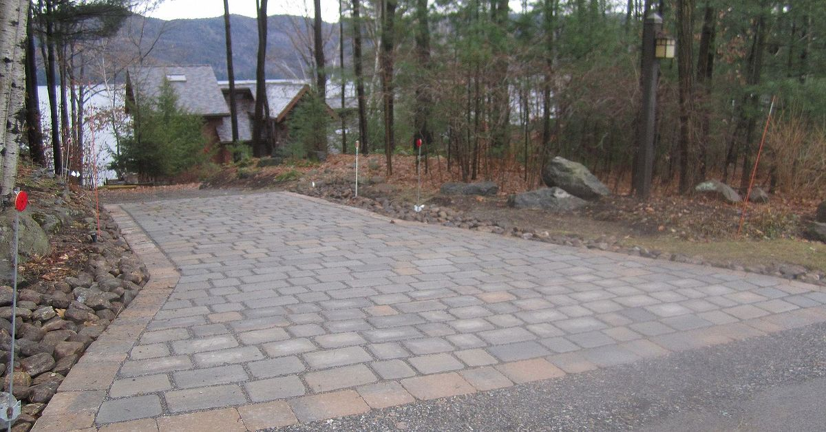 Permeable Paver Driveway Apron Reduces Stormwater Runoff