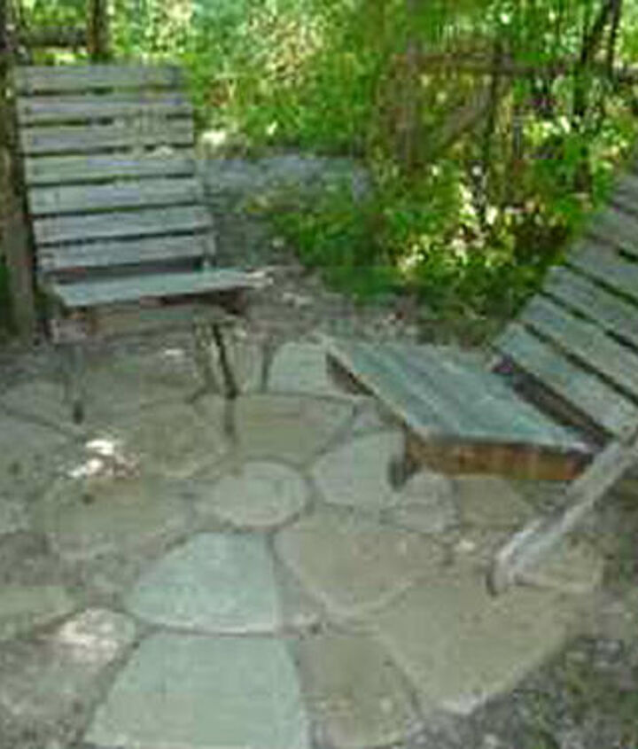 Build a patio with Flagstones - http://www.drought-smart-plants.com/build-a-patio.html#axzz2cv4UI8L3